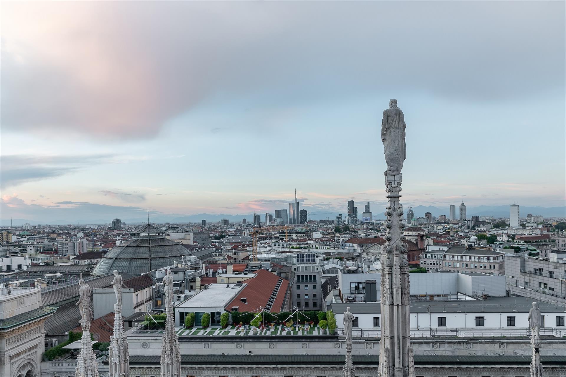 Skyline Terrazze Del Duomo © Veneranda Fabbrica Del Duomo Di Milano