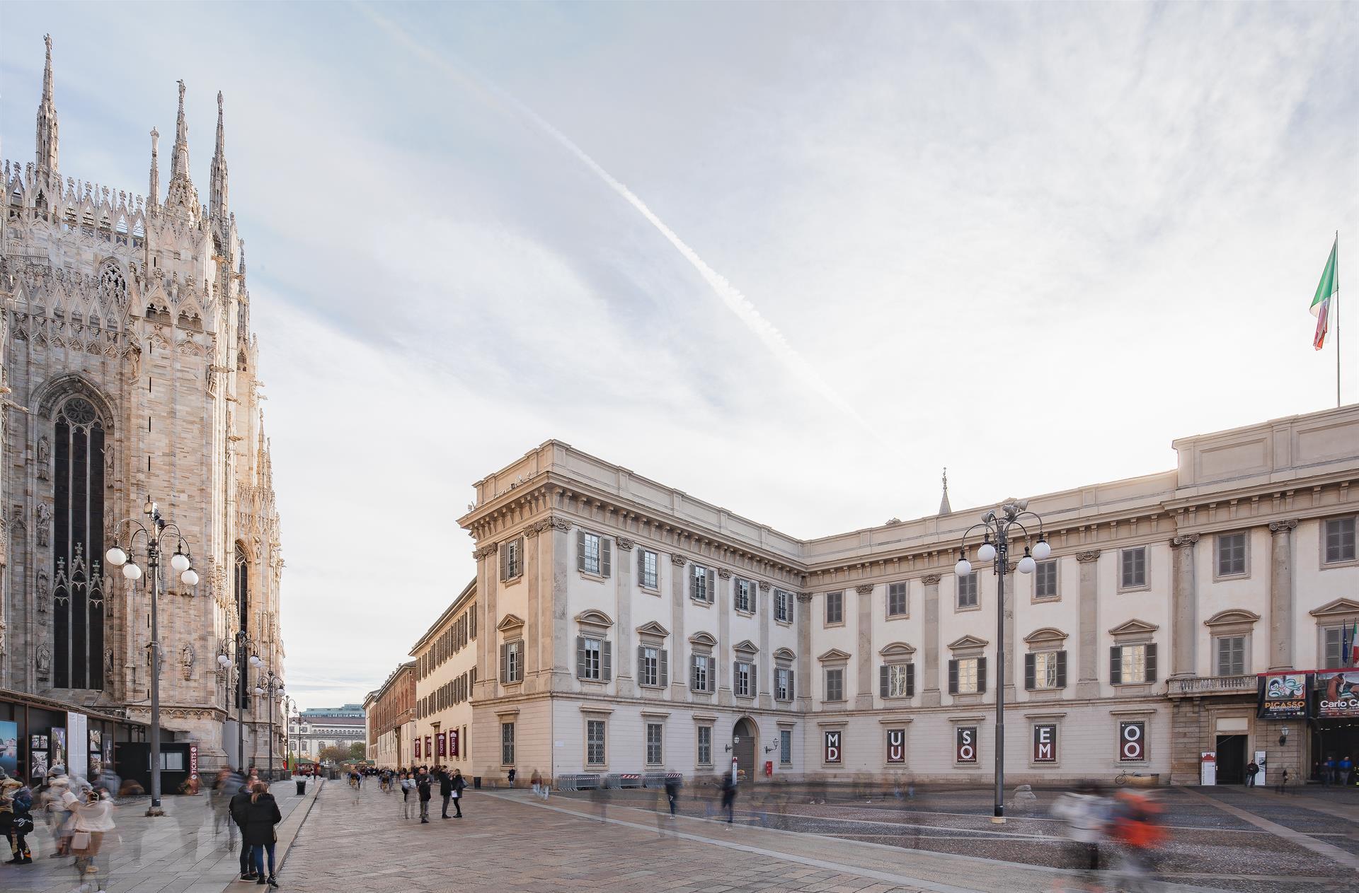 FS 2018 Dec30 Duomo Piazza 03