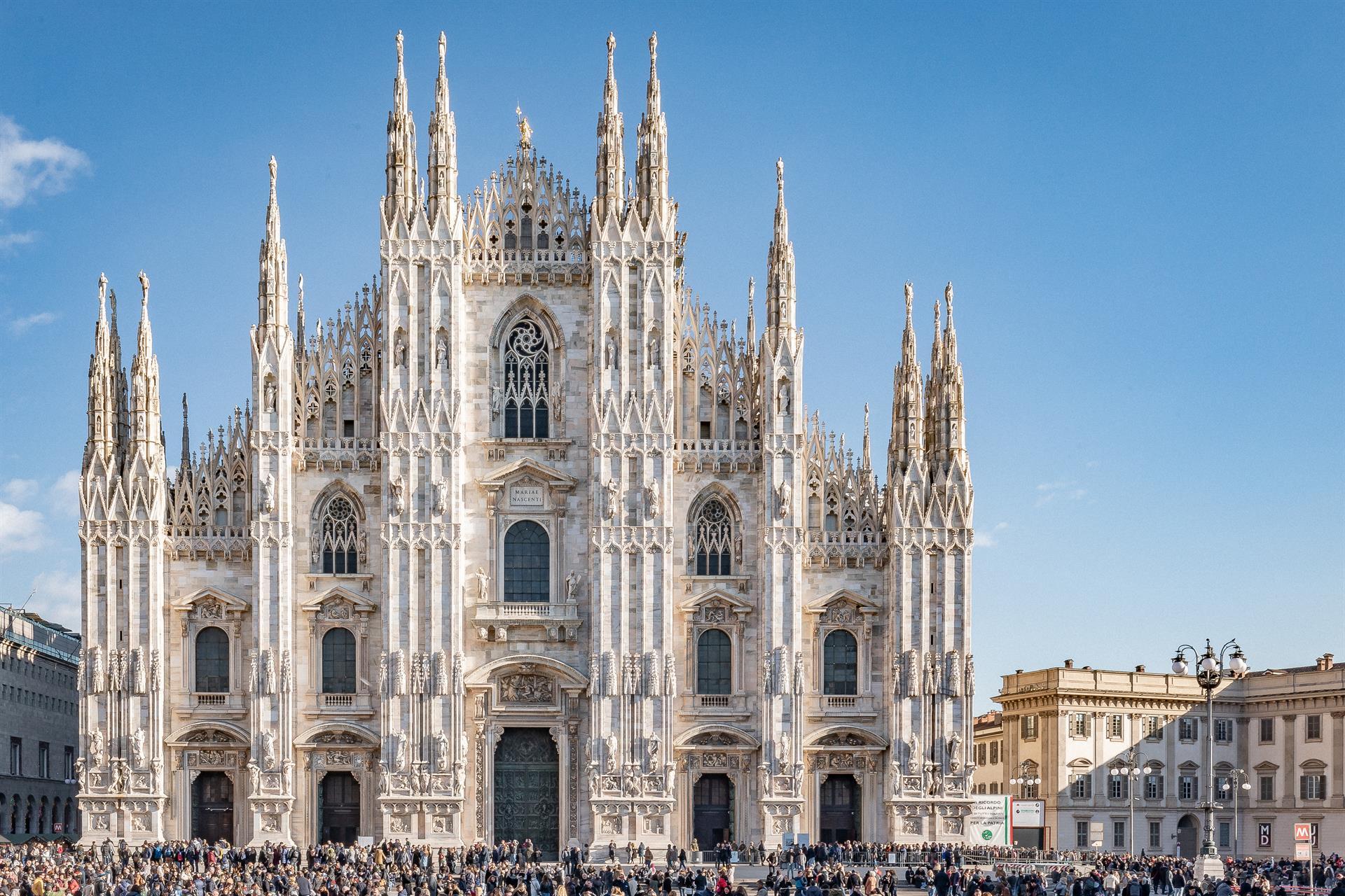 FS 2018 Dec7 Duomo Facade 03